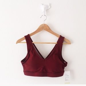 NWT Old Navy Active Light Support Sports Bra